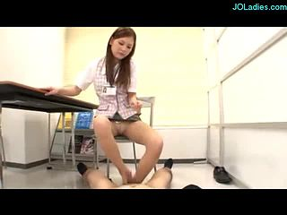 Office Lady Footjob