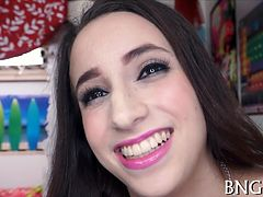 Pretty Teen Belle Knox Captures Her Moments With Her Bfs